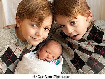 3, hermanos