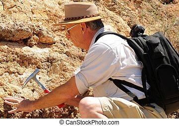 3º edad, geólogo