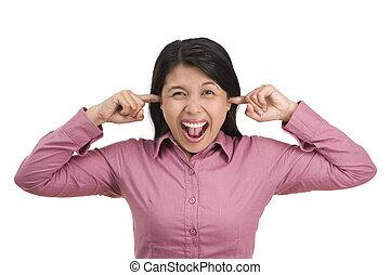 aaargh.., tan, ruidoso