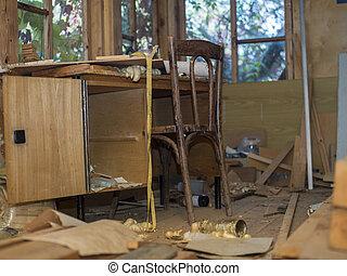 abandonado, habitación, desordenado