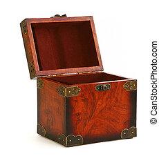 Abre un baúl de madera antiguo