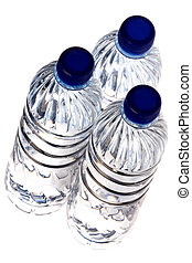 Agua mineral hervida aislada