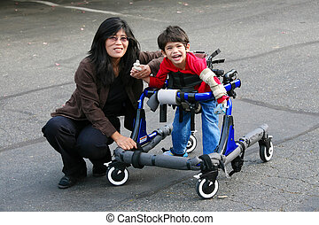 aire libre, paseante, hijo, porción, incapacitado, madre, caminata