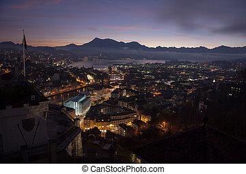 Al amanecer, Suiza