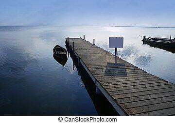 Albufera lagos húmedos muelles de Valencia España