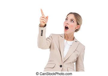 algo, señalar, sorprendido, mujer de negocios