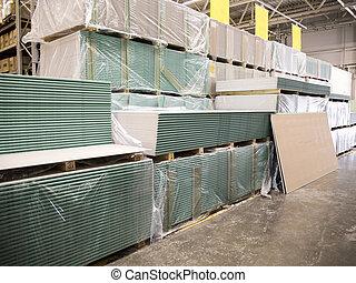 Almacén de materiales de construcción en la tienda industrial