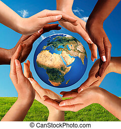 alrededor, globo, juntos, multiracial, manos, mundo