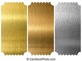 Aluminio, bronce y billetes de bronce aislados