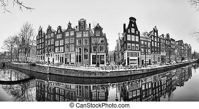 Amsterdam panorama canal BW