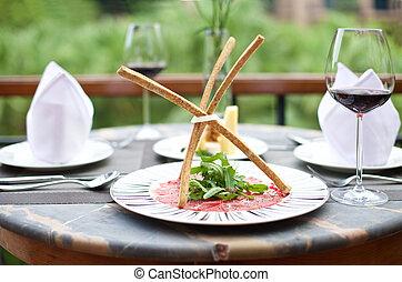 Aperitivos de gourmet con vino