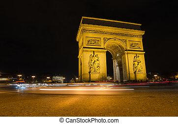 Arco de triunfo en París por la noche