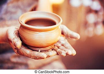 Artesanía de cerámica y arcilla