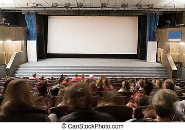 Auditorio de cine con gente