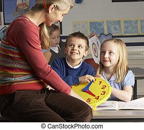 aula, escuela, primario, niños, profesor, hembra, tiempo, enseñanza, decir
