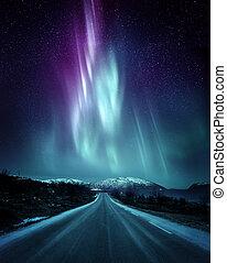 Aurora boreal dramática en Noruega