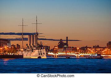 aurora, saint-petersburg, crucero