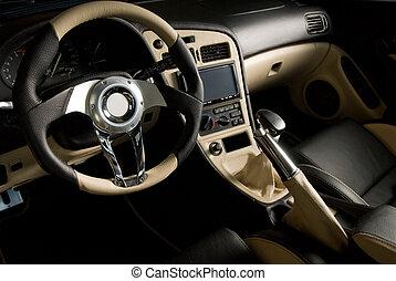 Auto deportivo sintonizado. Un interior de cuero de lujo
