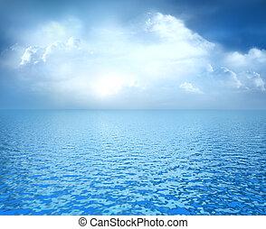 azul, nubes blancas, océano