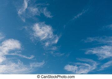 azul, nubes, hermoso, contra, cielo