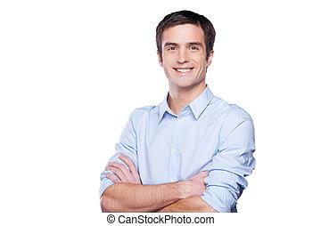 azul, posición, mantener, camisa, businessman., joven, aislado, mirar, confiado, mientras, cámara, brazos cruzados, retrato, blanco, hombre, guapo