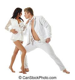 Baile erótico de dos personas enamoradas