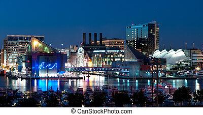 Baltimore Maryland por la noche