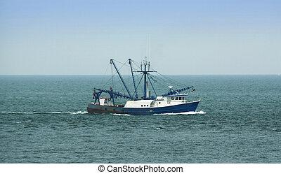 Barco de pesca comercial