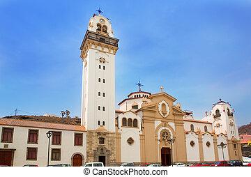Basilica de Candelaria en las islas Canarias