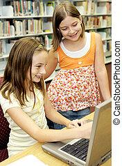 Biblioteca escolar - diversión en línea