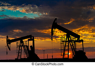 Bombas de aceite. Equipo de la industria petrolera.