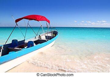 Bote de playa tropical mar turquesa
