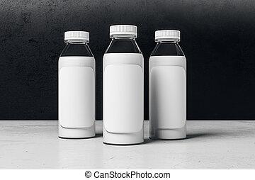 Botella de yogurt con etiqueta blanca vacía