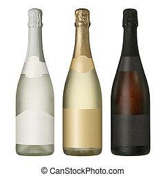 Botellas en blanco con etiquetas