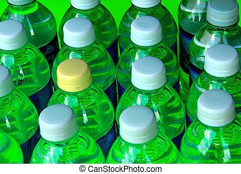 Botellas en verde