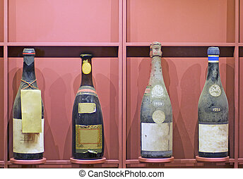 Botellas viejas