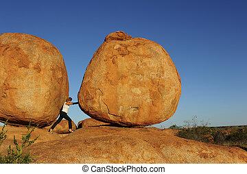 boulder, mujer, empujar
