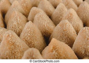 breading, primer plano, brasileño, (coxinhas, crudo, de, frango), croquettes, -