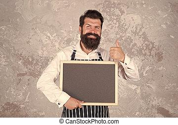 brutal, barbudo, o, restaurante, cuisine., success., chef, exposición, hombre, feliz, arriba, pizarra, hipster, menú, kitchen., tacto, blackboard., cocina, barista, pulgar, café, gesture., cocinero