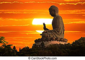 Buda al atardecer