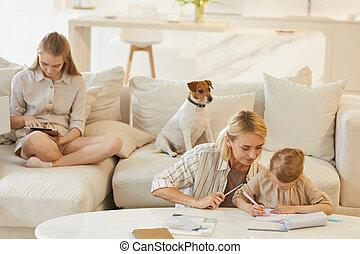 cómodo, escena familia