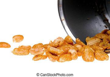 Cacahuetes en lata