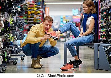 came, tienda, clientes, ropa de deporte, joven, caucásico