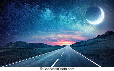 Camino en la noche - con media luna y camino lechoso