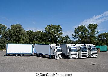 Camiones y tanque