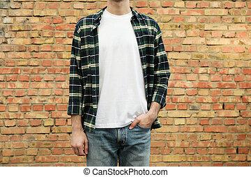 camiseta, ladrillo, copia, pared, hombres, camisa, a cuadros, espacio, blanco, contra