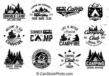 Campamento de verano. Ilustración de vectores. Concepto por camisa o logo, impresión, sello o tee.