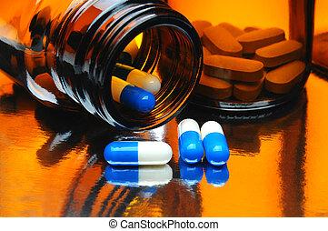Capules y botellas de medicina