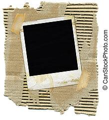 Cartón con polaroid