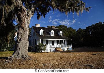 Casa de plantación anterior